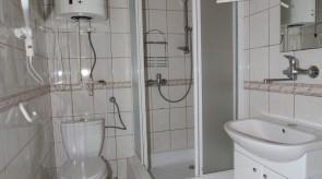 Pokój Izy - łazienka